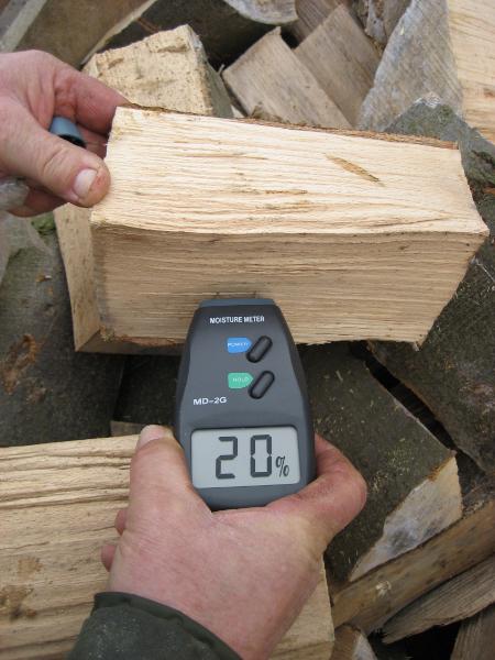 Lindrick Logs 20 percent moisture content